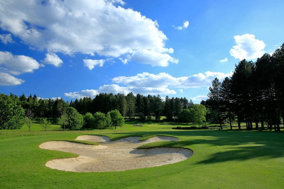 10th hole; bearwood lakes;