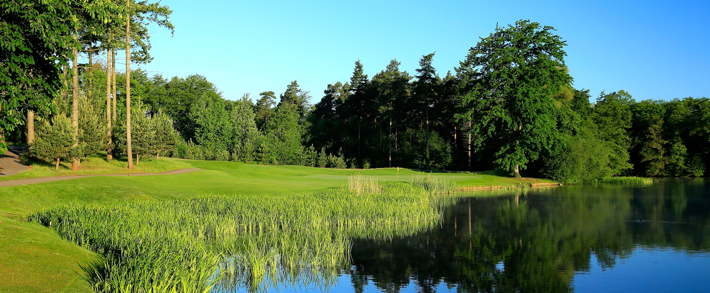 14th Hole Bearwood Lakes